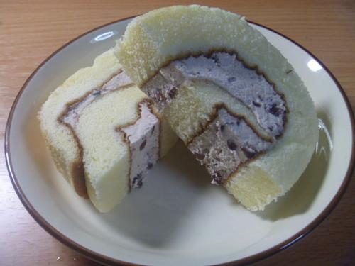 米粉ロールカット6.JPG
