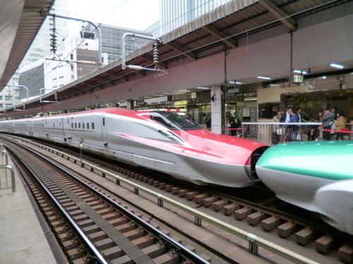 赤新幹線.JPG